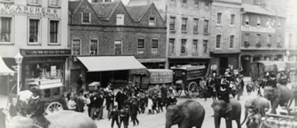 Circus parade in Broad Street, Reading c.1900